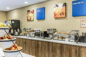 Comfort Inn Santa Cruz - Breakfast Bar