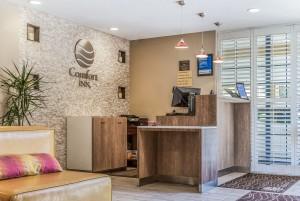 Comfort Inn Santa Cruz - Hotel Lobby
