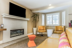 Comfort Inn Santa Cruz - Relax In Our Lobby